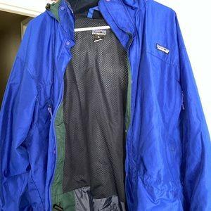Blue/Green Patagonia windbreaker jacket
